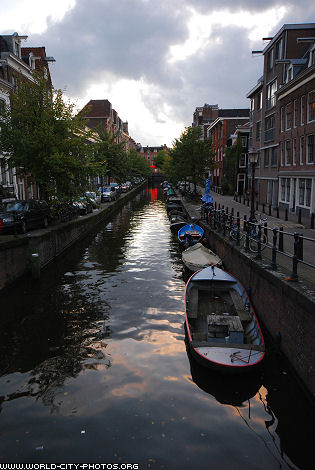 Pictures of canals in Amsterdam