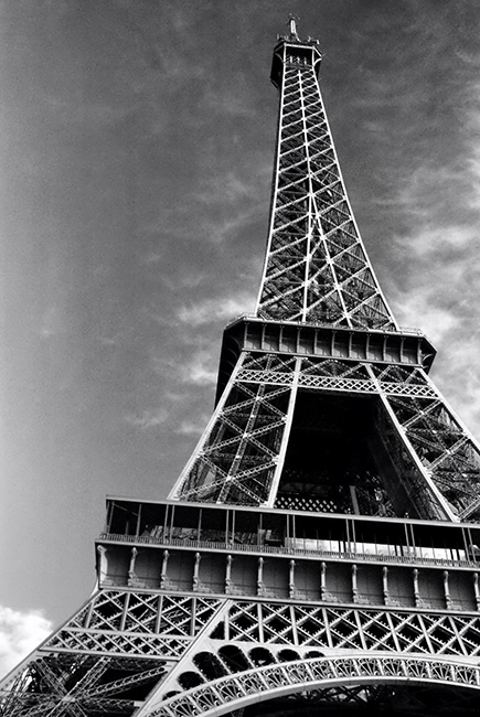 Pictures of Eiffel Tower black and white