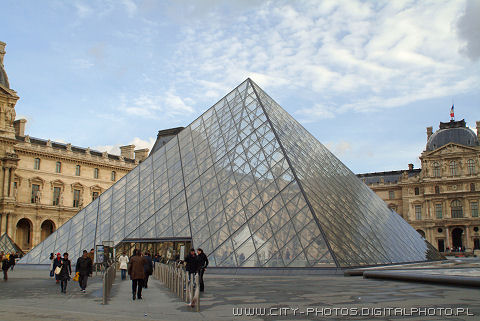 Picture of Louvre